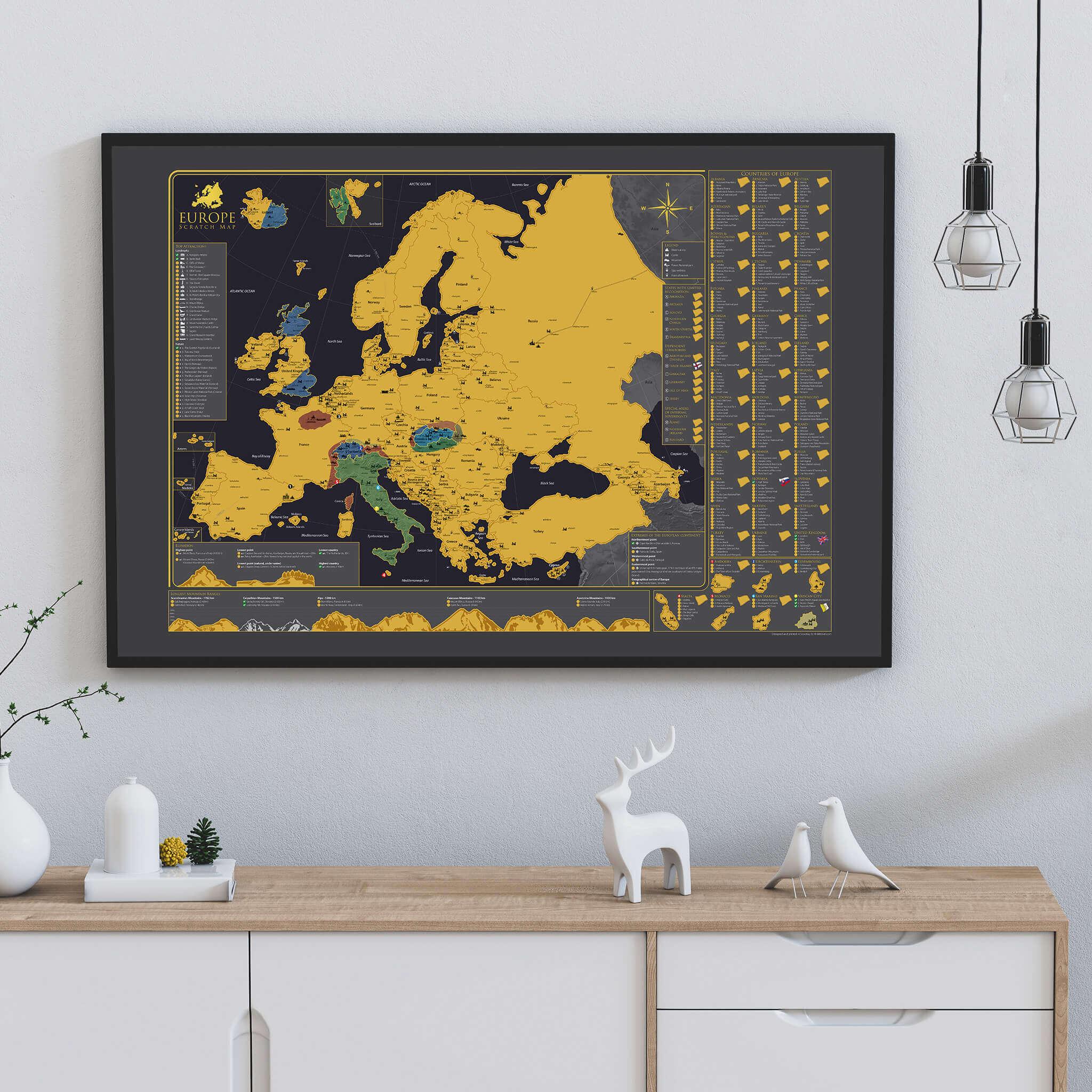 Stírací mapa Evropy - na stěně