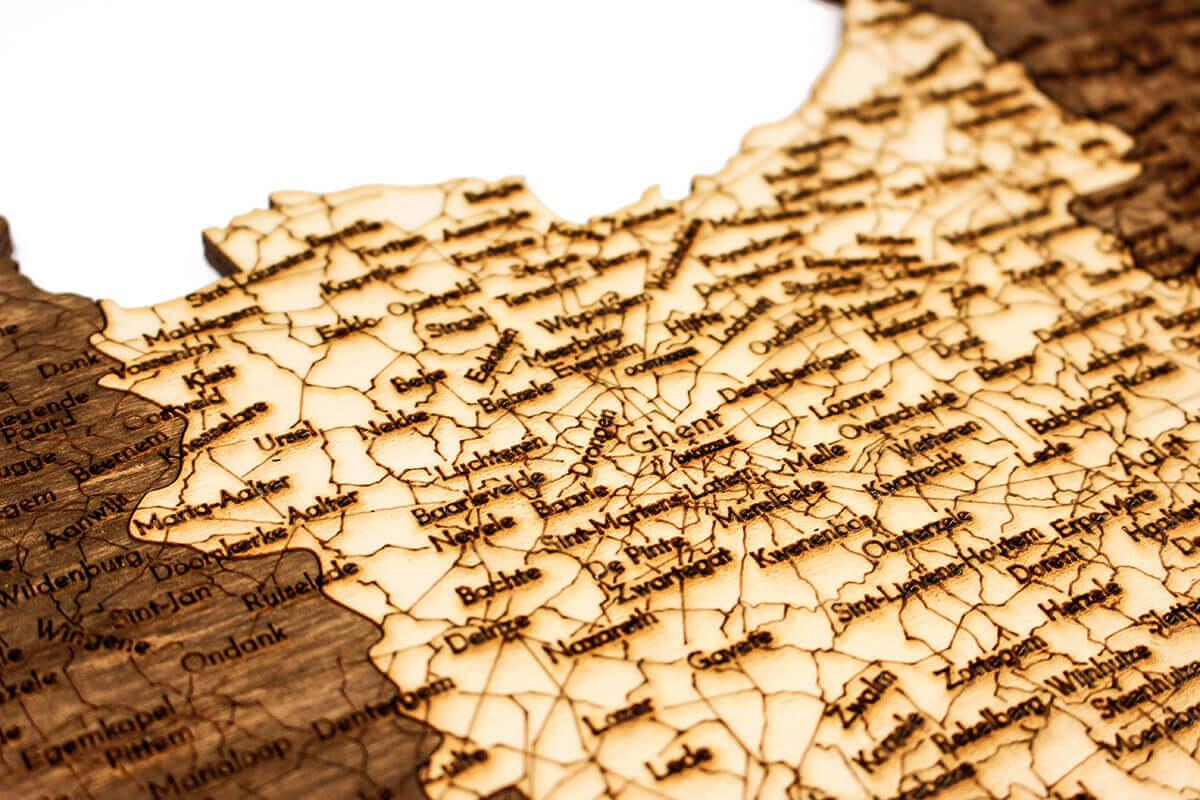 Nástěnná dřevěná mapa Belgie