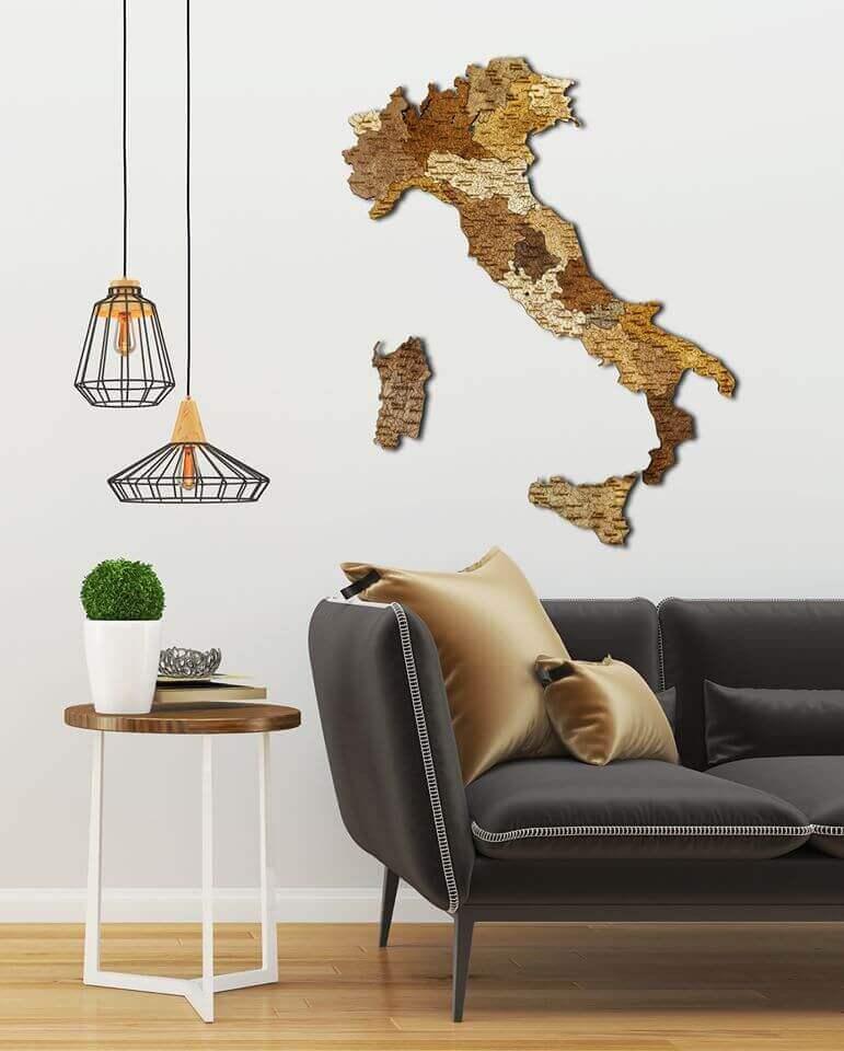 Nástěnná dřevěná mapa Itálie