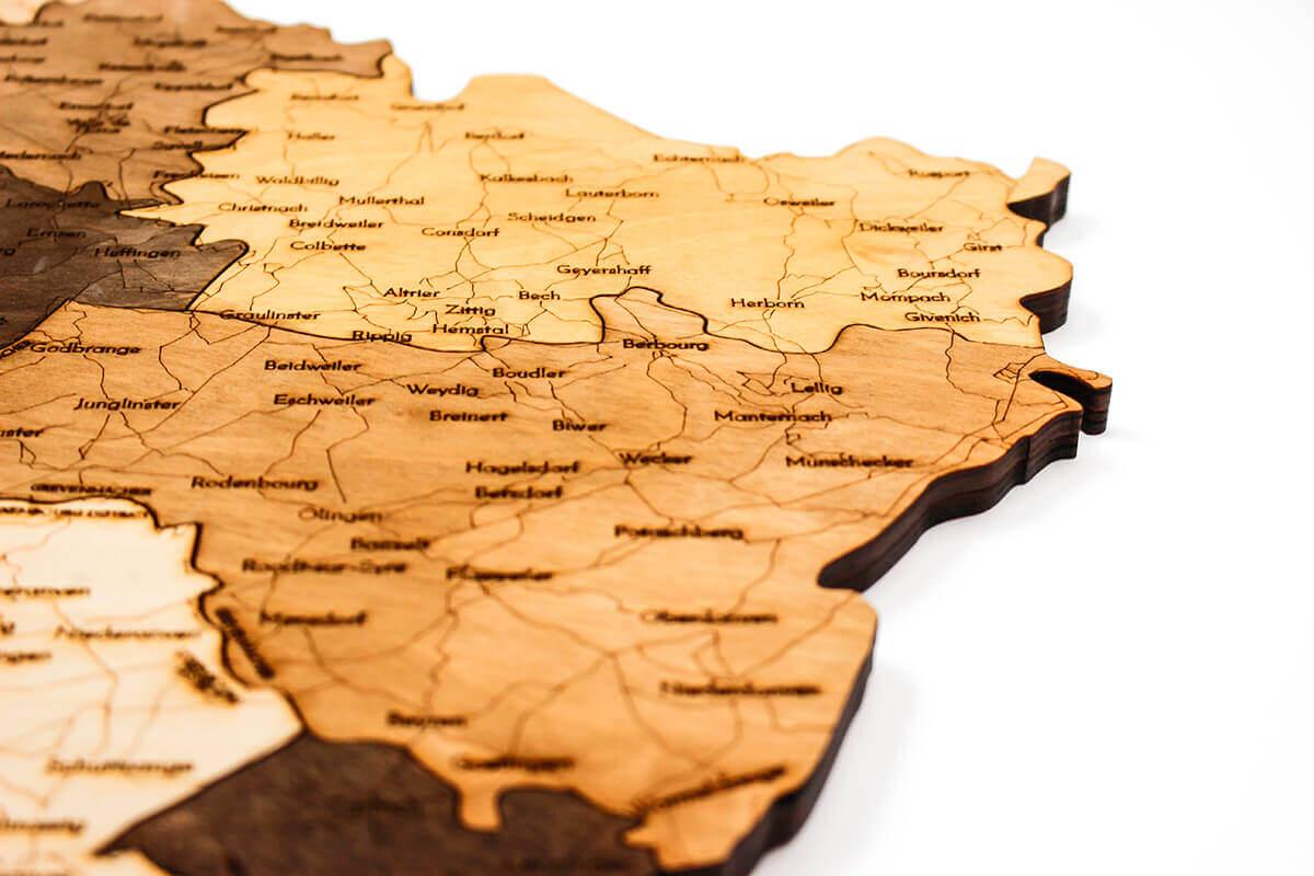 Nástěnná dřevěná mapa Lucemburska