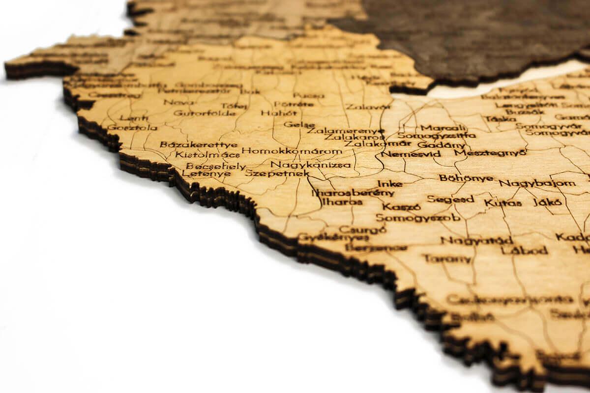 Dřevěná mapa Maďarska