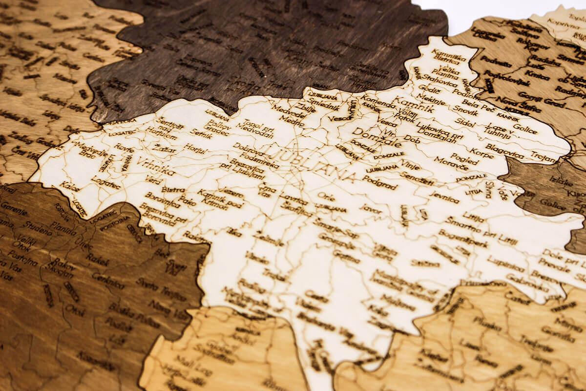Dřevěná mapa Slovinska